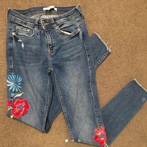 Zara floral skinny jeans medium wash medium rise